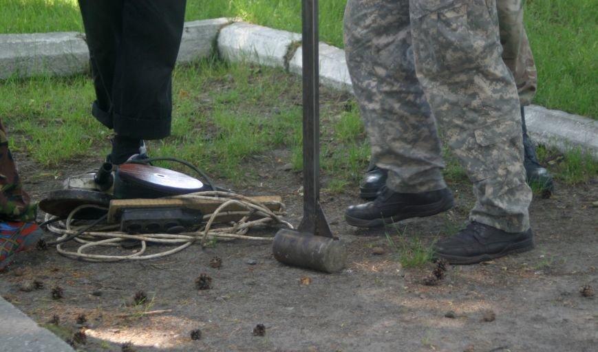 На Рівненщині  знищили пам'ятник тирану (+ФОТО) (фото) - фото 11