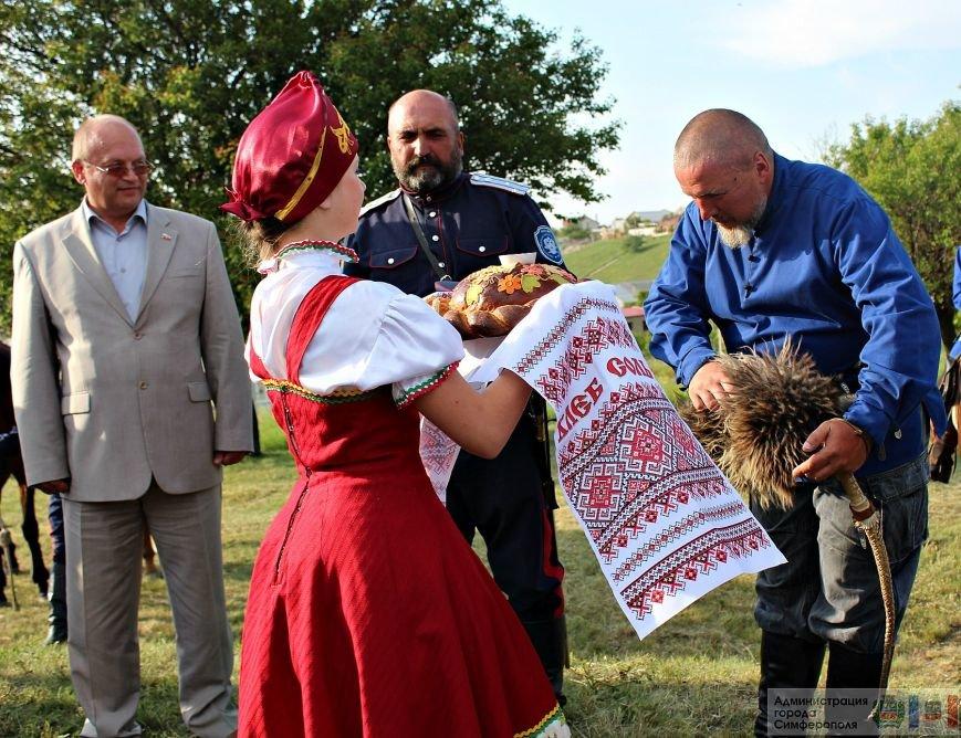 В Симферополь на конях прибыли казаки Юга России (ФОТО) (фото) - фото 7