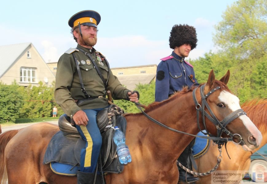 В Симферополь на конях прибыли казаки Юга России (ФОТО) (фото) - фото 5