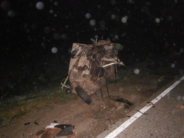 В результате аварии водитель и пассажир «копейки» попали в реанимацию (фото) - фото 1