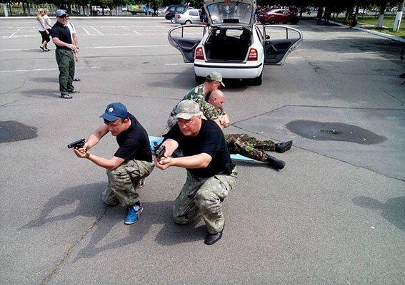 Американці «копи» поділилися із львів'янами досвідом, як ефективніше працювати (ФОТОРЕПОРТАЖ) (фото) - фото 1