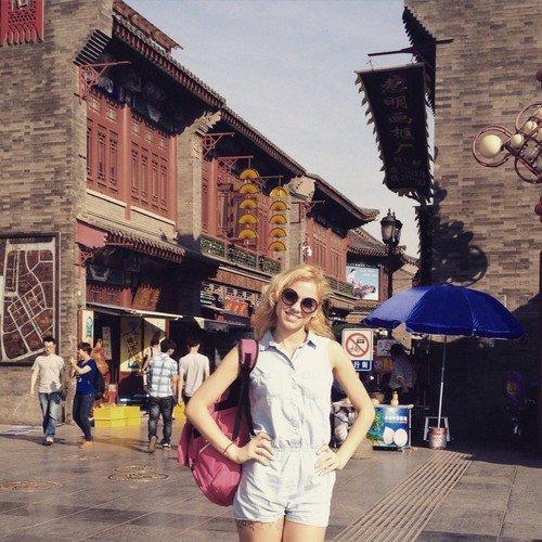 Гродненцы в Китае: трудимся 28 часов в неделю и получаем 3 тыс. долларов (фото) - фото 2