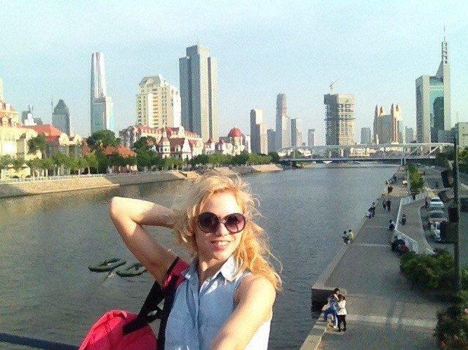 Гродненцы в Китае: трудимся 28 часов в неделю и получаем 3 тыс. долларов (фото) - фото 1