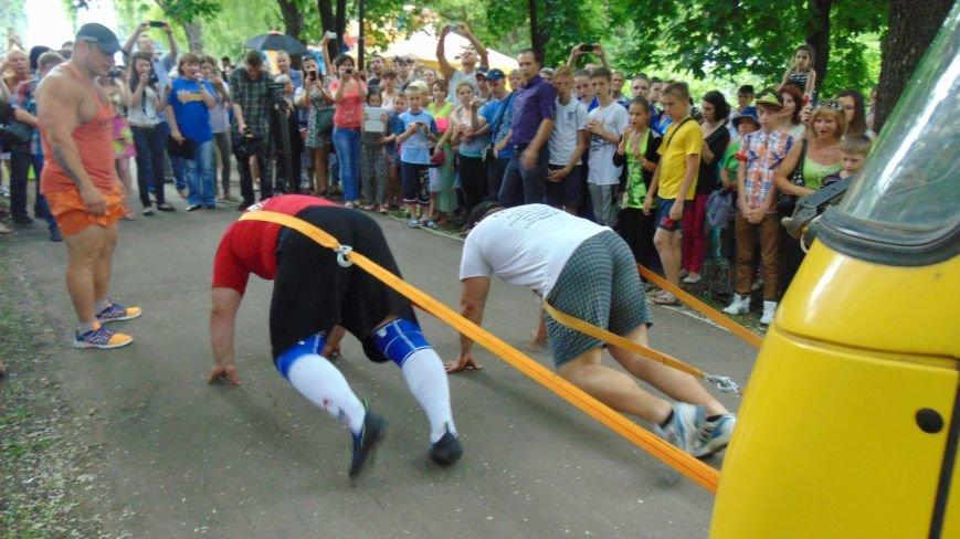 Богатыри Александр Лашин и Евгений Гаврилин стали движущей силой автобуса для 83 мариупольцев. (фото) - фото 5