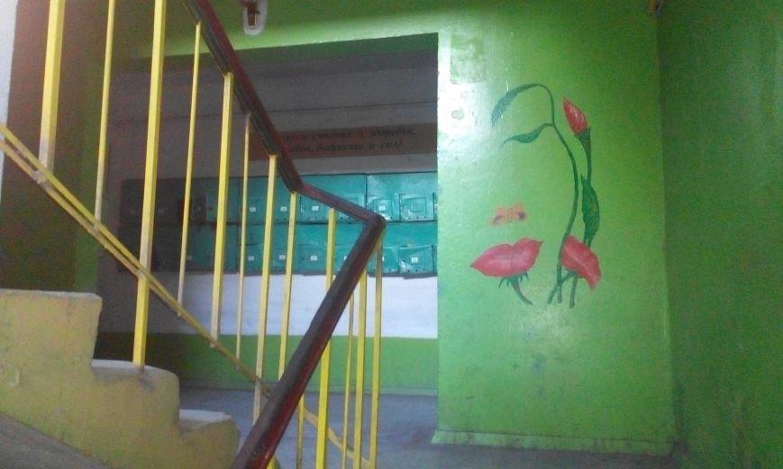 Запорожская пенсионерка превращает скучные гаражи в яркие полотна (ФОТО) (фото) - фото 2
