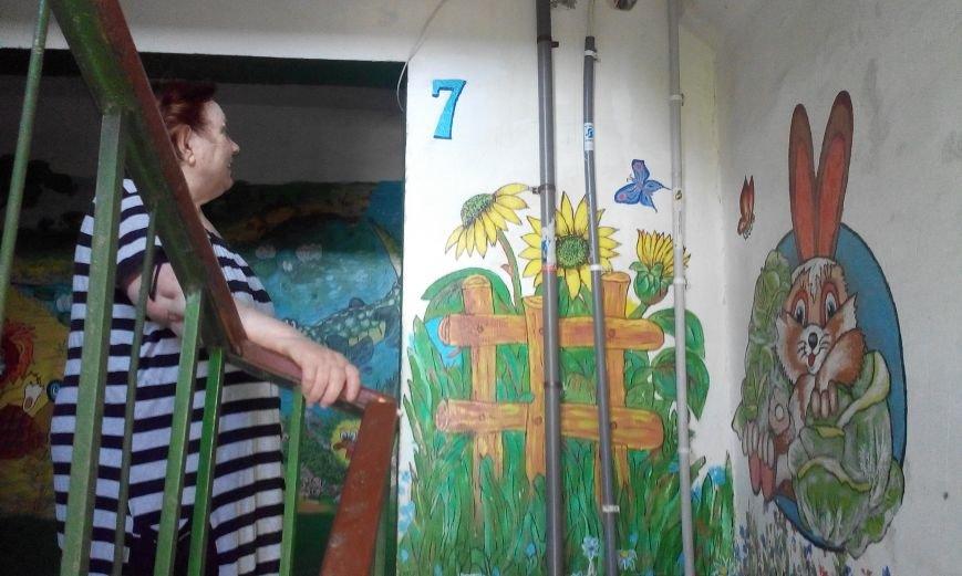 Запорожская пенсионерка превращает скучные гаражи в яркие полотна (ФОТО) (фото) - фото 6