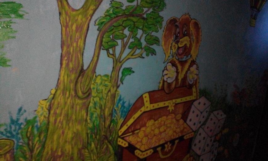 Запорожская пенсионерка превращает скучные гаражи в яркие полотна (ФОТО) (фото) - фото 7