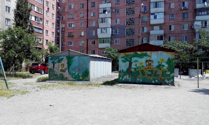 Запорожская пенсионерка превращает скучные гаражи в яркие полотна (ФОТО) (фото) - фото 8
