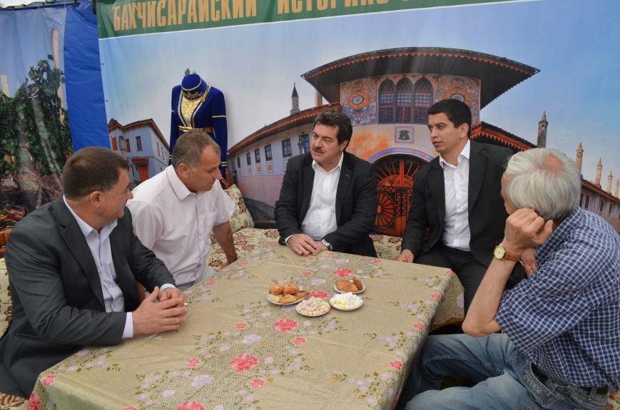 На Сабантуй в Симферополь приехали гости из Татарстана. Есть планы провести Федеральный Сабантуй в Крыму (ФОТО), фото-8