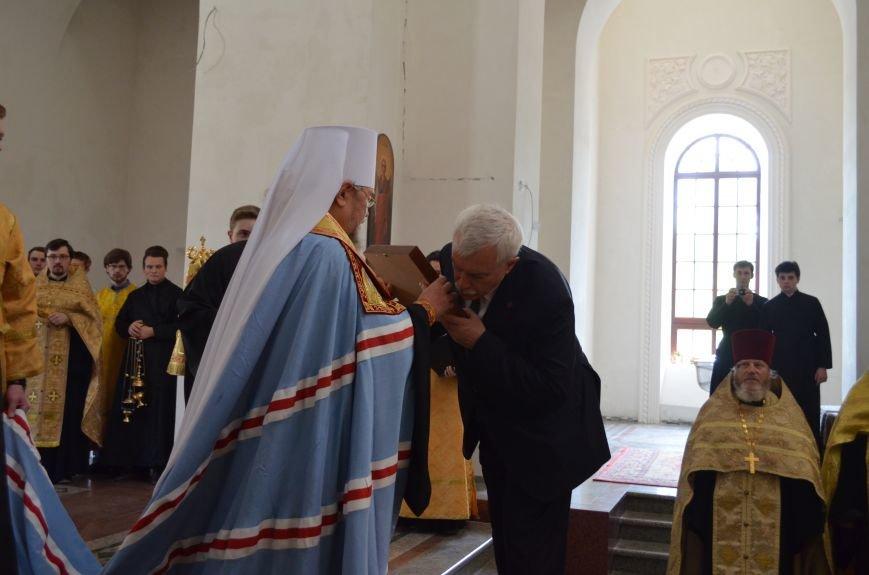 Аксенов приложился к святыне, прибывшей из  Санкт-Петербурга (ФОТО), фото-8