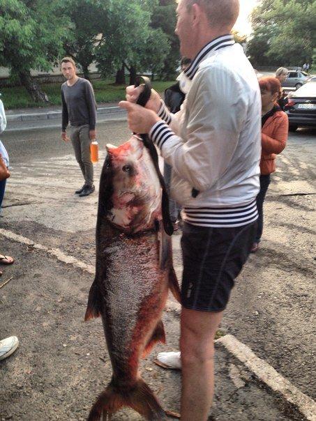 В Салгире начали ловить крупную рыбу и сплавляться по реке на матрасах (ФОТОФАКТ) (фото) - фото 5