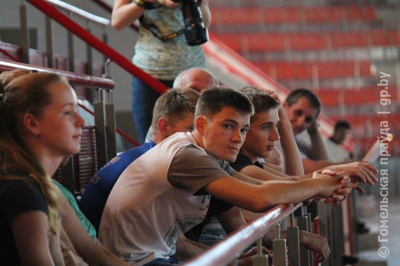 В гомельском Дворце легкой атлетики прошла акция «Стоп допинг» (фото) - фото 3