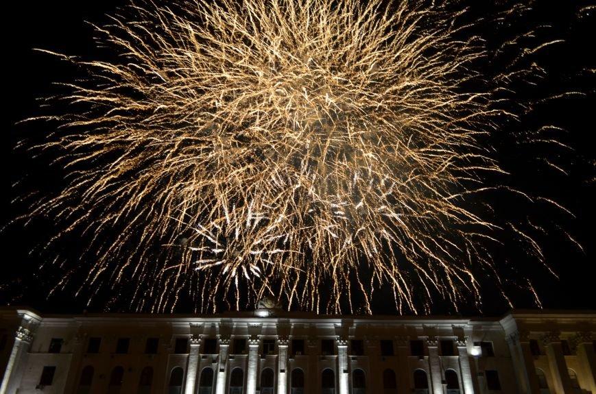 Многотысячным шествием и концертом отпраздновали День города Симферополя (ФОТОРЕПОРТАЖ, ВИДЕО), фото-26