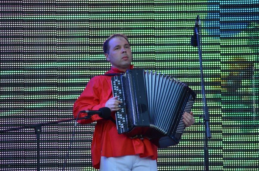 Многотысячным шествием и концертом отпраздновали День города Симферополя (ФОТОРЕПОРТАЖ, ВИДЕО), фото-18