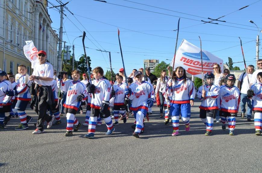 Многотысячным шествием и концертом отпраздновали День города Симферополя (ФОТОРЕПОРТАЖ, ВИДЕО), фото-4