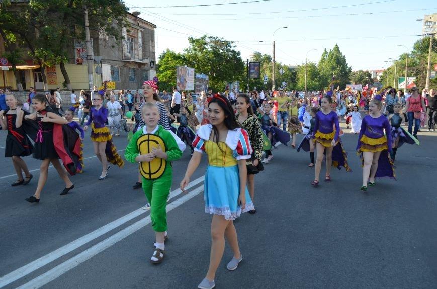 Многотысячным шествием и концертом отпраздновали День города Симферополя (ФОТОРЕПОРТАЖ, ВИДЕО), фото-7