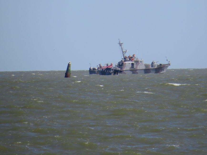 В Мариуполе на Песчаном пляже взорвался пограничный катер. 1 пограничник пропал без вести, 6 в больнице (ДОПОЛНЯЕТСЯ+ФОТО), фото-30