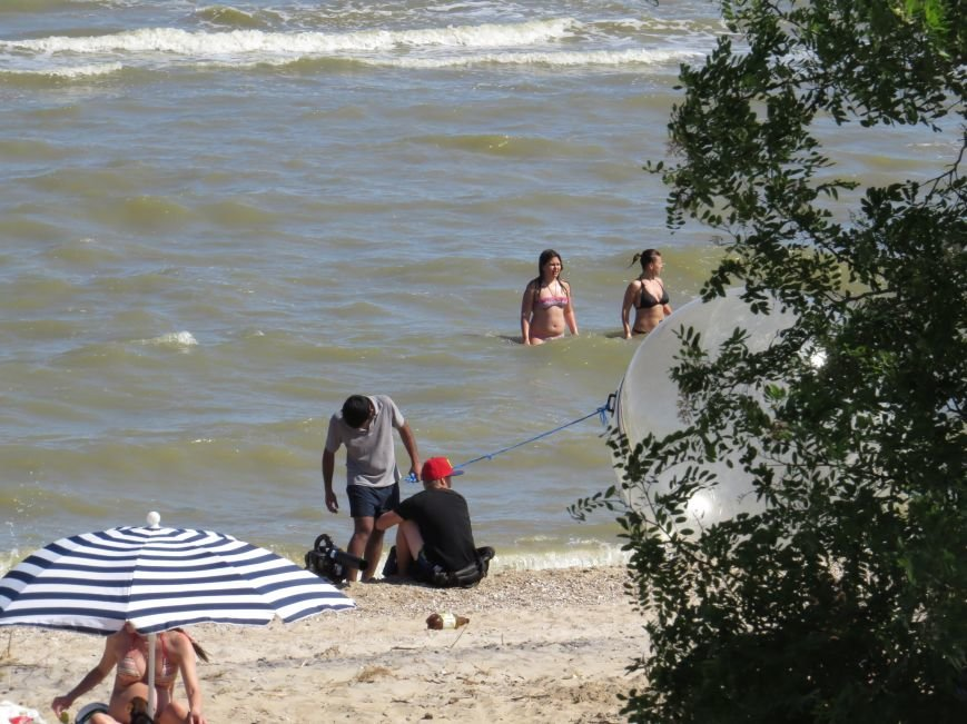 В Мариуполе на Песчаном пляже взорвался пограничный катер. 1 пограничник пропал без вести, 6 в больнице (ДОПОЛНЯЕТСЯ+ФОТО), фото-27