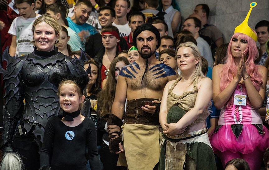 ComicCon: дефиле супергероев, игры и лекции (ФОТОРЕПОРТАЖ) (фото) - фото 2