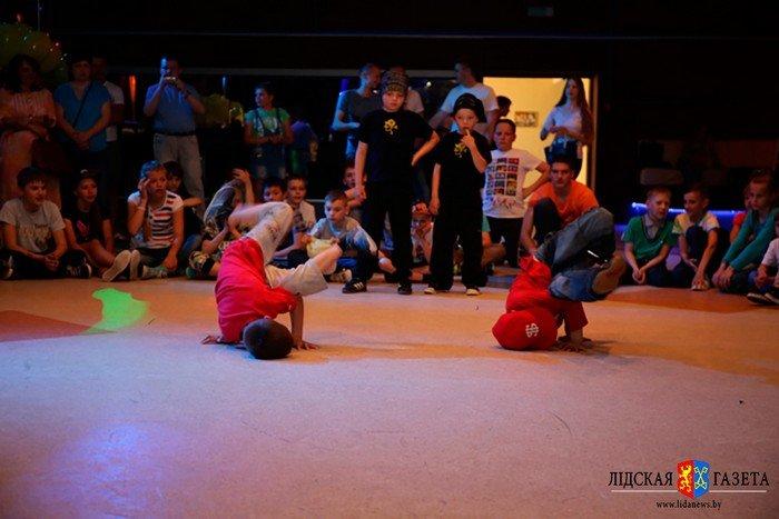 Фоторепортаж: гродненцы приняли участие в фестивале по брейк-дансу в Лиде (фото) - фото 2