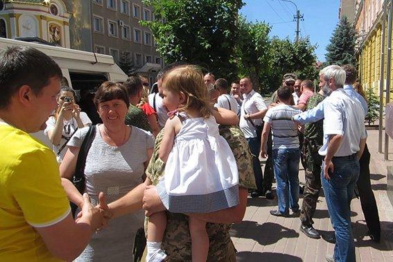 Прикарпатські правоохоронці повернулися із зони АТО (фото) - фото 2