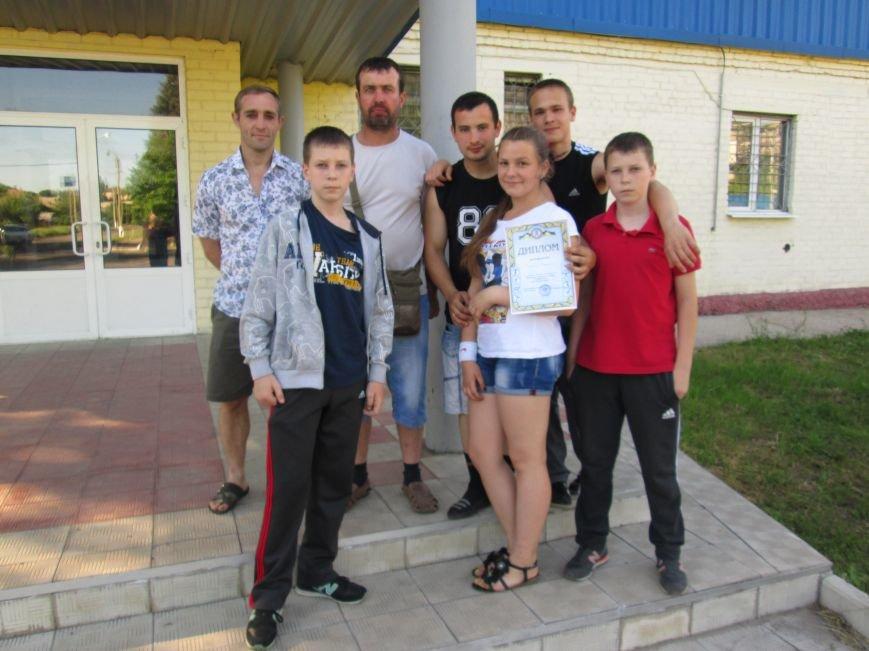 Команда спортсменов Красноармейска успешно выступила на соревнованиях по настольному теннису, фото-2