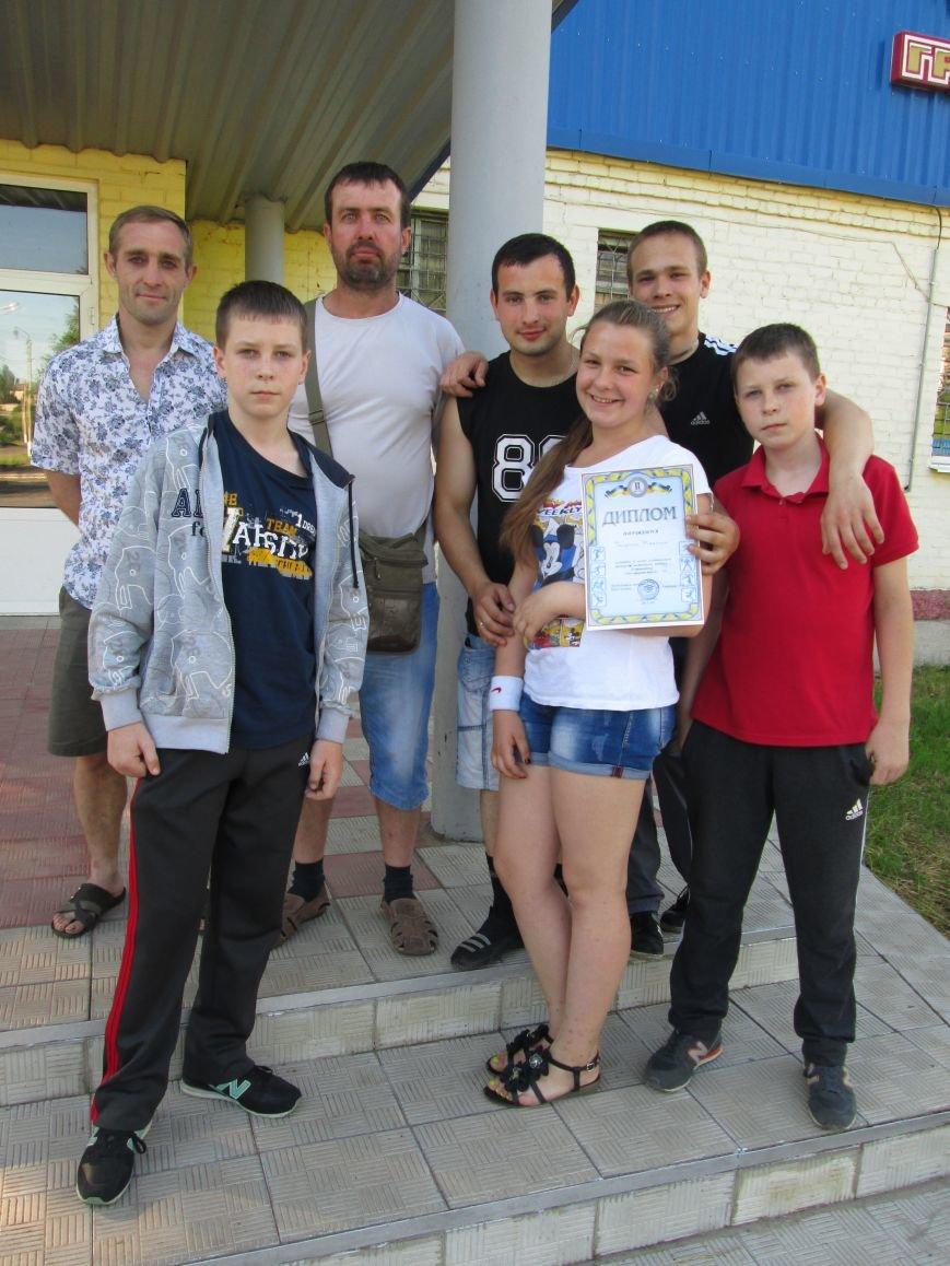 Команда спортсменов Красноармейска успешно выступила на соревнованиях по настольному теннису, фото-3