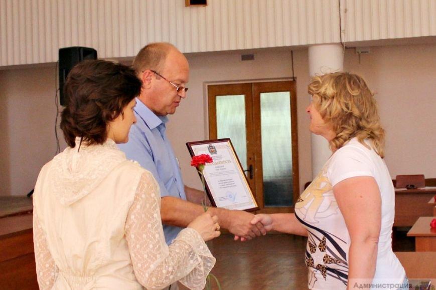 Более 100 тысяч симферопольцев нуждаются в помощи социальных служб, - Бахарев (фото) - фото 3