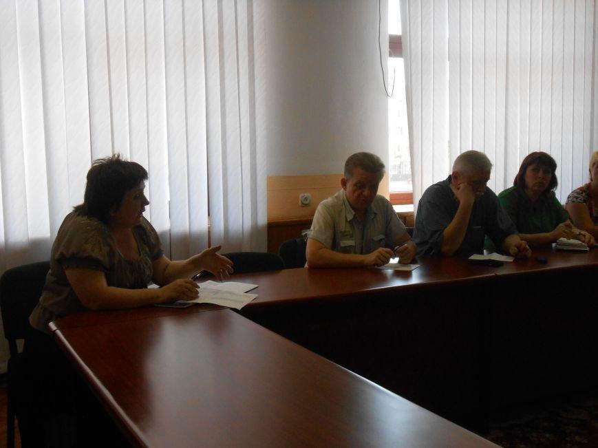 В Днепродзержинске стартовала работа по переименованию улиц (фото) - фото 2