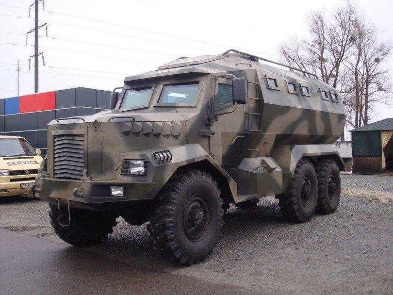 В Киеве разработали новый броневик Годзилла (ФОТО) (фото) - фото 1