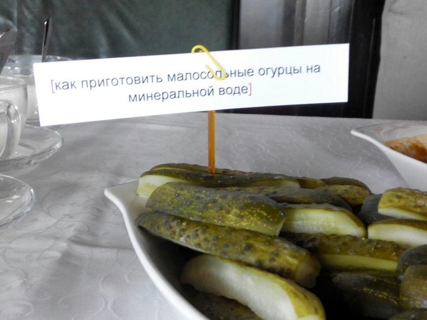Николаевцы этим летом будут питаться клубничным вареньем, сырниками и  окрошкой (фото) - фото 3
