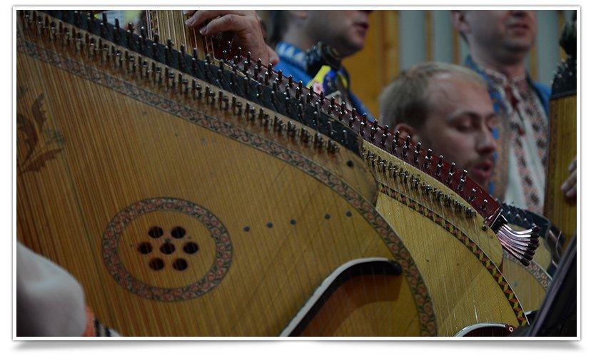 В Славянске выступила Национальная Заслуженная Капелла Бандуристов Украины (видео) (фото) - фото 6