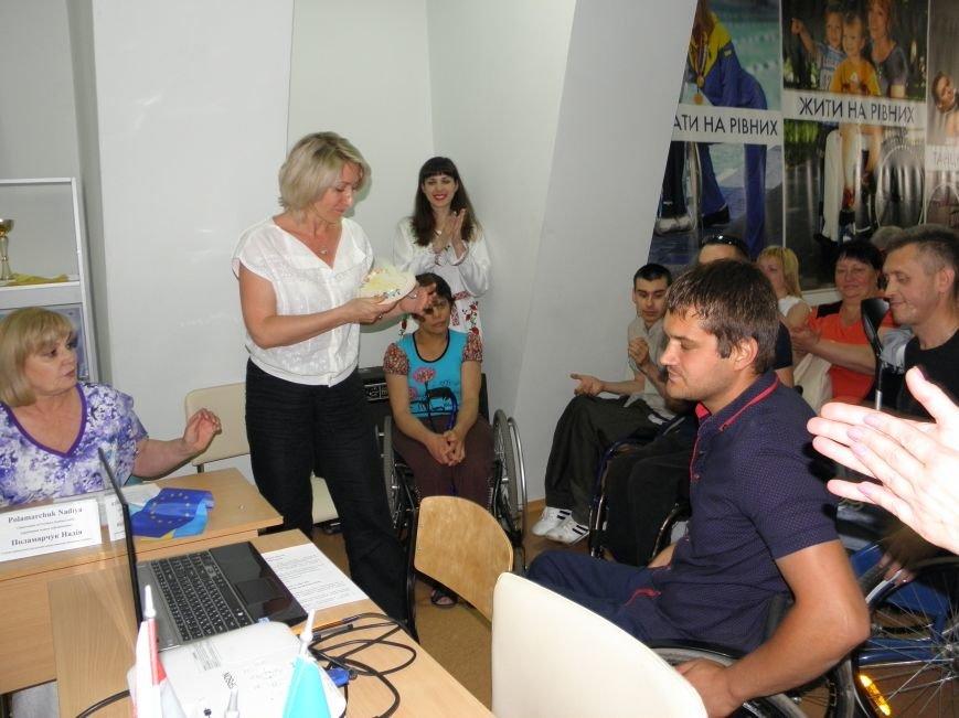 Донбасский МЦПРИ посетили гости из Швейцарии (фото) - фото 8