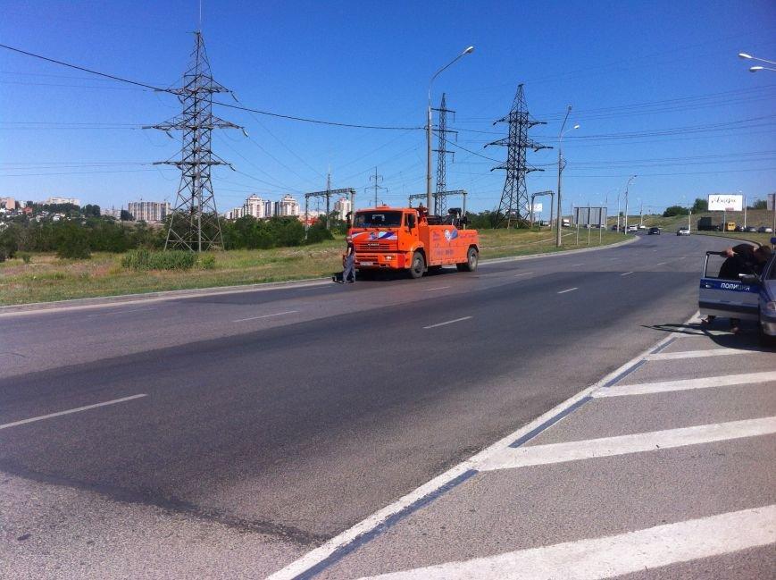 В Волгограде маршрутчик оказал сопротивление сотрудникам ДПС (фото) - фото 5