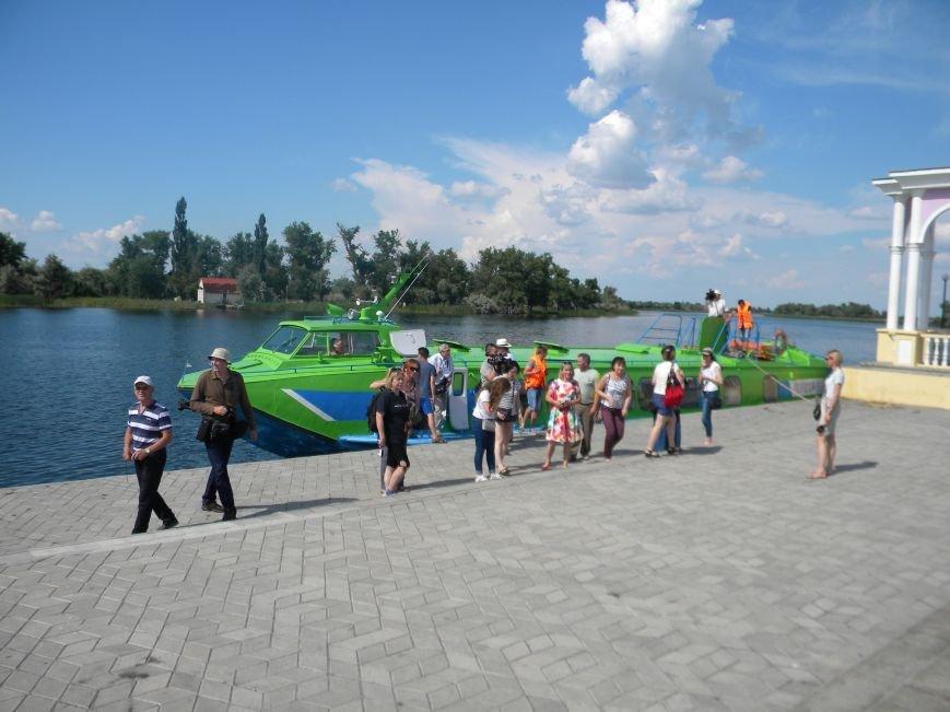 Відродження річкових перевезень в Україні починається з Херсонщини! (Фото) (фото) - фото 1