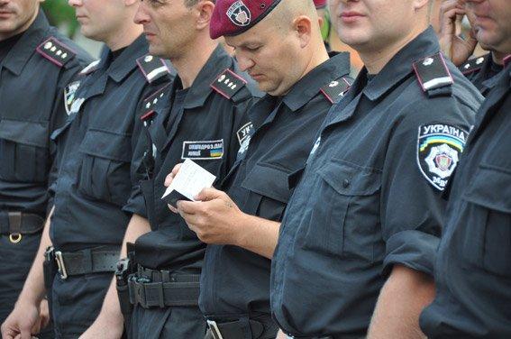 Правоохранители Николаевщины, вернувшиеся из зоны АТО, получили награды (ФОТОФАКТ) (фото) - фото 5