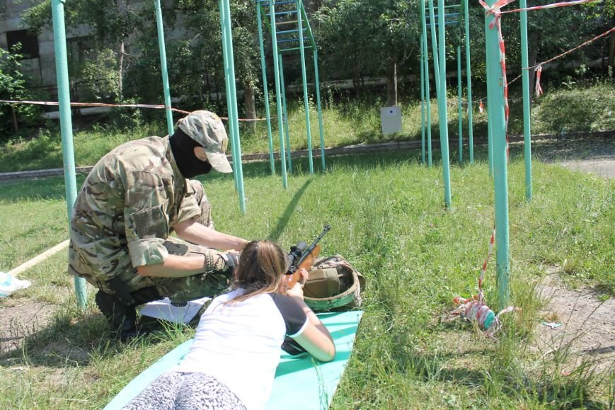 В Кривом Роге на каникулах для школьников провели урок патриотического воспитания (ФОТО), фото-16