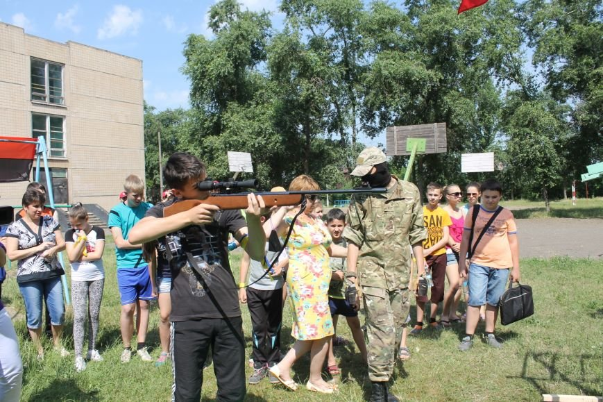 В Кривом Роге на каникулах для школьников провели урок патриотического воспитания (ФОТО), фото-10