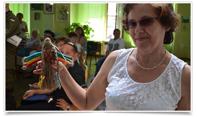 Славянская библиотека собрала своих друзей за круглым столом (фото) - фото 6