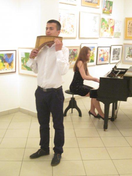 Майбутнім музикантам і художникам у Чернівцях вручали муніципальні стипендії, фото-4