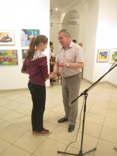 Майбутнім музикантам і художникам у Чернівцях вручали муніципальні стипендії, фото-1