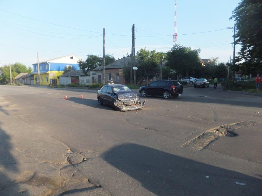 В Кировограде произошло серьезное ДТП - внедорожник перевернулся в воздухе. ФОТО (фото) - фото 1