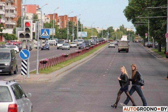 Фоторепортаж: водителей Гродно проверяли насколько быстро они уступают дорогу пожарным машинам (фото) - фото 9