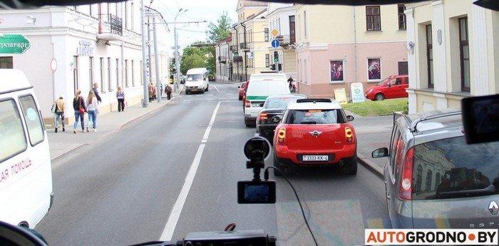 Фоторепортаж: водителей Гродно проверяли насколько быстро они уступают дорогу пожарным машинам (фото) - фото 4