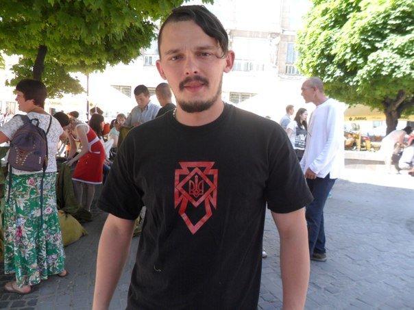 29-річний волонтер зі Львова: «Із сепаратистами на Сході воюють навіть противники Майдану» (ФОТО) (фото) - фото 1