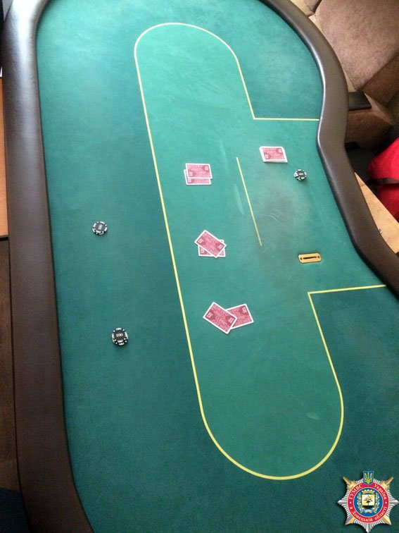 В Славянске «накрыли» местное казино с оборотом в 100 тысяч гривен за вечер. ФОТО (фото) - фото 1