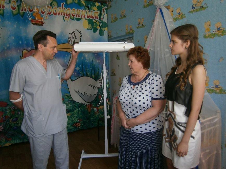От сердца к сердцу: Димитровские школьники сделали подарок роддому и новорожденным (фото) - фото 5