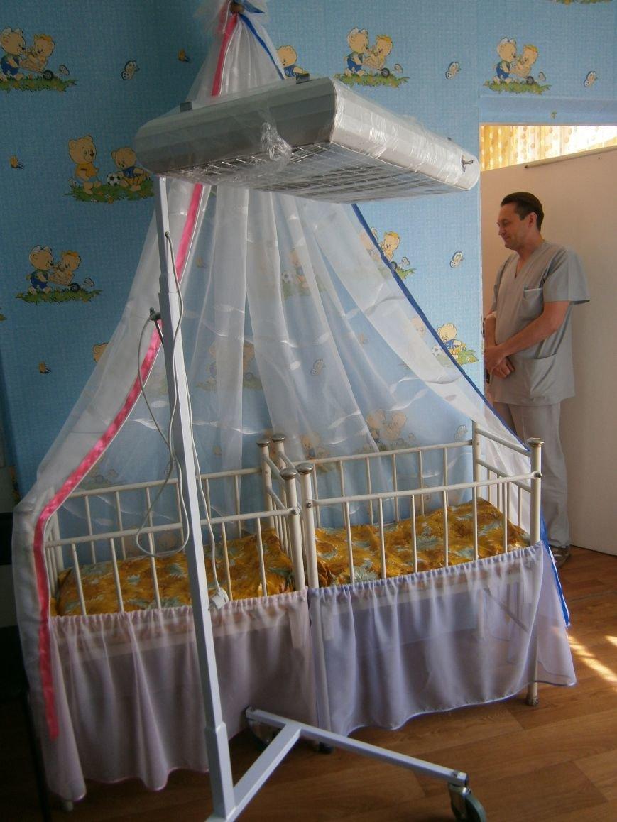 От сердца к сердцу: Димитровские школьники сделали подарок роддому и новорожденным (фото) - фото 3