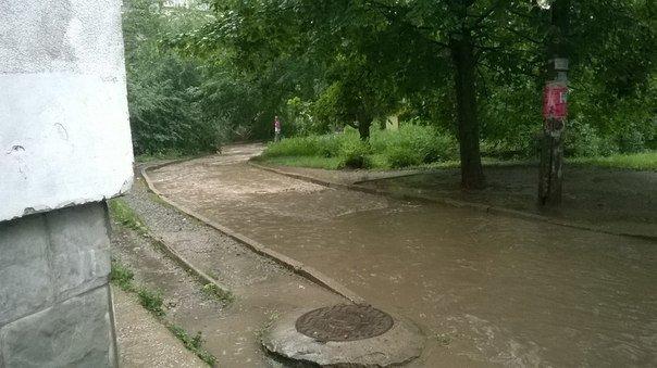 Симферополь третий день заливает дождями (ФОТО, ВИДЕО) (фото) - фото 4