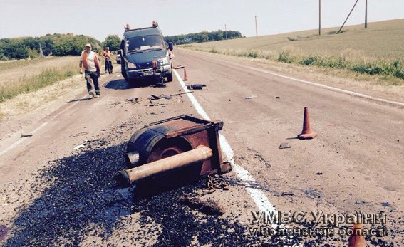 У результаті ДТП загинув працівник дорожньої служби (+ФОТО) (фото) - фото 2